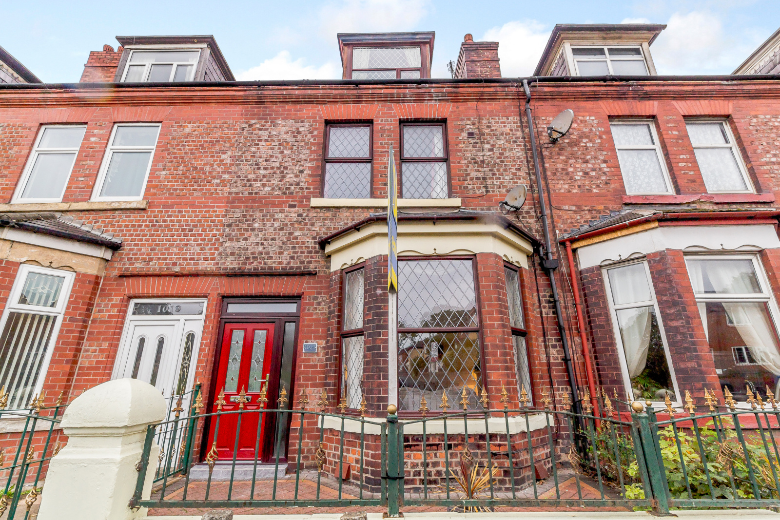 Terraced House For Sale In Rochdale Road Manchester M9 From Emoov Steel Bed Double