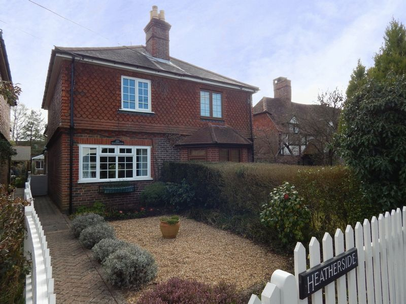 Thursley Road, Elstead, Godalming